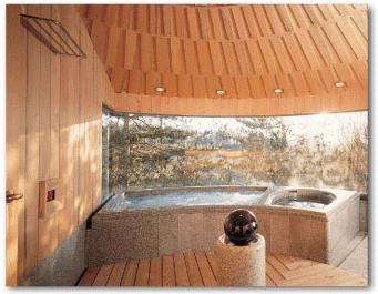 黒曜石のある浴室